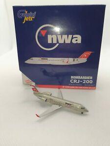 GeminiJets 400 scale diecast model NWA Airlink CRJ-200LR N8894A