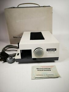 Voigtlander Perkeo 300 Slide Projector