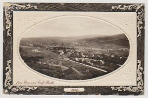 Yorkshire (West) postcard - Ilkley from Cow and Calf Rocks P/U 1910(A288)