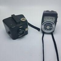 Vintage Camera Lot Brownie Six-20 Bull's Eye Camera & Gossen Mark II Flash Meter