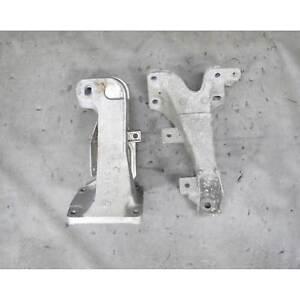 BMW Z3 2.3 2.8 M52TU Engine Arm Support Bracket Pair Left Right 1999-2000