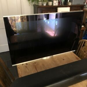"""Bang & Olufsen BeoVision 7 - 40"""" TV & DVD with Soundbar - Spare Or Repair"""