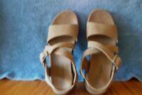 Clarks Springers Women's 8M 88767 TAN Leather Sandals Slingbacks GUC