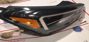 Hyundai Tucson OEM LED Right Headlight 2019 2020 2021