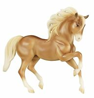 Breyer Horses Chica Linda #9201