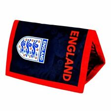 Objets de collection sur le football portés rouge