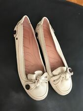 Ted Baker Women's Leather Cream SlipOn Flat Button Bow Size 7UK/40 Balerinas
