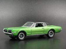 Auto di modellismo statico verde Mercury