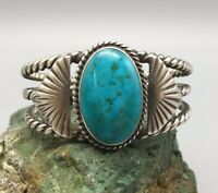 *BEAUTIFUL* VINTAGE TURQUOISE AND STERLING SILVER, TWISTED WIRE CUFF BRACELET