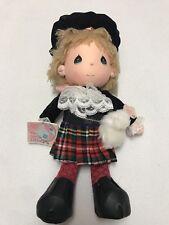 PRECIOUS MOMENTS 15'' Doll Scottish The world's Children Eric
