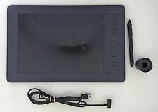 Intous Pro Wacom PTH-651 Medium Pen Tablet USB