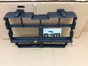 2015 - 2016 Chevrolet Colorado GMC Canyon Front Bumper Grille Shutter new OEM