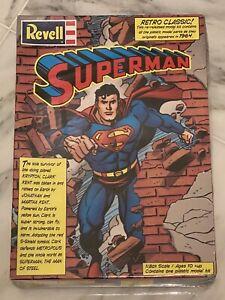 1999 REVELL SUPERMAN PLASTIC MODEL KIT 1/8th SCALE