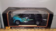 1/18 MAISTO SPECIAL EDITION CHRYSLER PT CRUISER BLACK with FLAMES yd