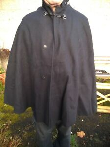 VINTAGE LANCASHIRE CONSTABULARY WOOL POLICE CAPE WITH LIONS HEAD CLASP