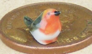 Ceramic Robin Pet Bird Tumdee 1:12 Scale Dolls House Garden Accessory Small H