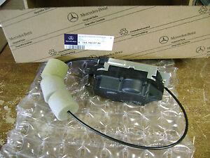 Mercedes Benz GL R Class X164 V251 Tailgate Lock Actuator 1647400735 1647400300