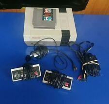 Nintendo NES Console Video Game System Complete Super Mario Bros Duck Hunt