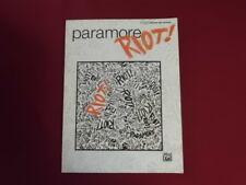 Paramore-Riot. Songbook Spartito libro Vocal Guitar