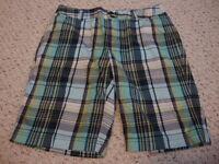 Women's CHRISTOPHER & BANKS blue plaid stretch shorts, 8