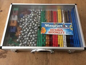 RoseArt  Toy Magnetic Building Set w/ Box - 397 Pieces