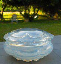 Opalescent Art Nouveau verre soufflé bonbonnière verre soufflé