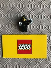 Lego Minifigures Series 15 71011-15 Jewel Thief with Grappling Gun and Jewel