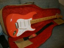 SQUIER/FENDER  JAPAN HANK MARVIN FIESTA RED STRATOCASTER