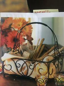 Southern Living at Home Jamestown Centerpiece 40691
