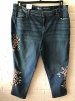 New Style & Co Woman's Embroidered Curvy Boyfriend Jeans   Maui  14W 20W  G50