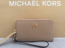 NWT Michael Kors Camel Leather Flat Multifunction Phone Case Wallet Wristlet