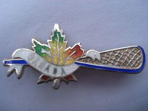 C1930S VINTAGE CANADA LACROSSE RACQUET MAPLE LEAF SHAPE SILVER&ENAMEL PIN BROOCH