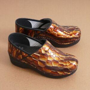 Dansko Womens Nursing Clogs Size 38 / 7.5 Brown Crocodile Patent Leather Slip On