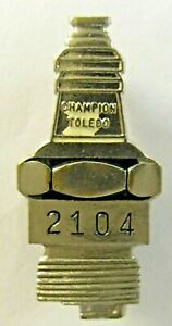 1930's CHAMPION SPARK PLUGS Toledo Ohio figural employee badge pinback button a3