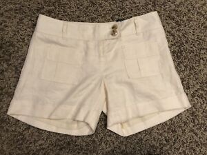 The Limited NWT Shorts Creams Womens 4 Nice!