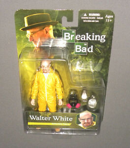 Walter White Collectible Figure Breaking Bad MEZCO Yellow Hazmat Suit, Gas Mask