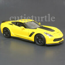 Maisto 2015 Chevrolet Corvette Stingray C7 Z06 1:24 Diecast Model 34133 Yellow