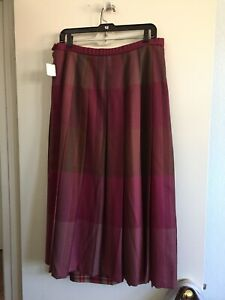 PENDLETON VINTAGE PURE  WOOL PLAID SKIRT  Size 14 Made in USA