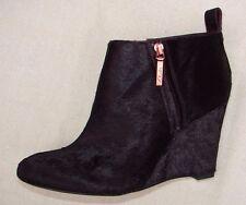 """LORENZO OCEAN"" Women/Ladies WINE INTREST LEATHER Boots size 3 D."