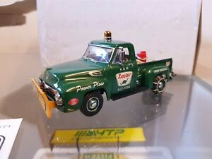 matchbox models of yesteryear YRS 04 -M Ford F 100 Sinclair Power Plow