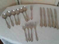 Oneida LTD Twilight Stainless Burnished 16 PC Knives, Forks, Spoons