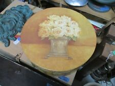 2001 Vintage Tri-Coastal Design Kathryn White Floral Hat Box