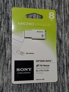 Sony Micro Vault 8 GB USB Flash Drive