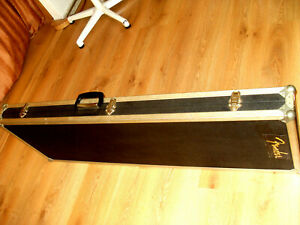 Super Bass CASE, KOFFER  sehr stabil 125 cm lang,  Top Zustand