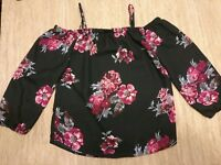 Hint Of Blush Off Shoulder Blouse Top Women's Size L  Black Flowers Roses