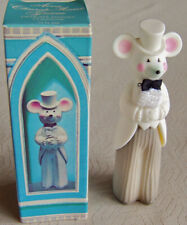 """Vntg 1971 Avon """"CHURCH MOUSE GROOM"""" Delicate Daisies Cologne FULL .75 oz. - NEW!"""