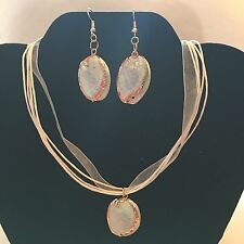CUTE SEA SHELL NECKLACE & MATCHING EARRINGS TRIMMED IN GOLD WITH FREE SHIPPING