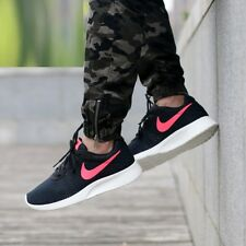 NIKE TANJUN SE Running Trainers Gym Casual - UK 11 (EUR 46) - Like Roshe - Black