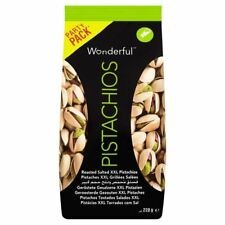 Wonderful Pistachios Roasted & Salted - 220g (0.49lbs)