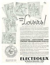 """Publicité Ancienne """" Loisirs Aspirateurs Electrolux 1935 """" ( P. 1 )   Théo Roger"""